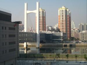 the lok ma chau - huanggang border crossing, with the bridge linkinh HK and Shenzhen